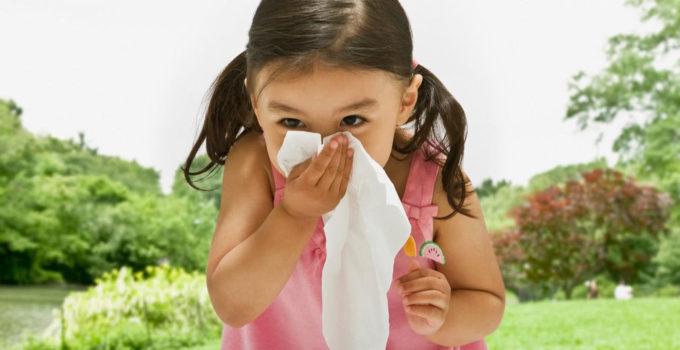 3e2d5e_child-sneezing-1600x800_x974